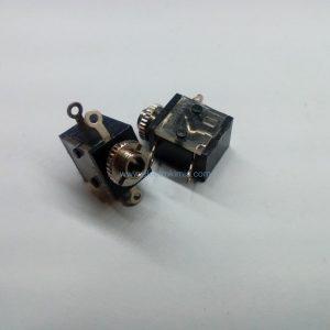 جک مادگی ۶پین AUX2mm